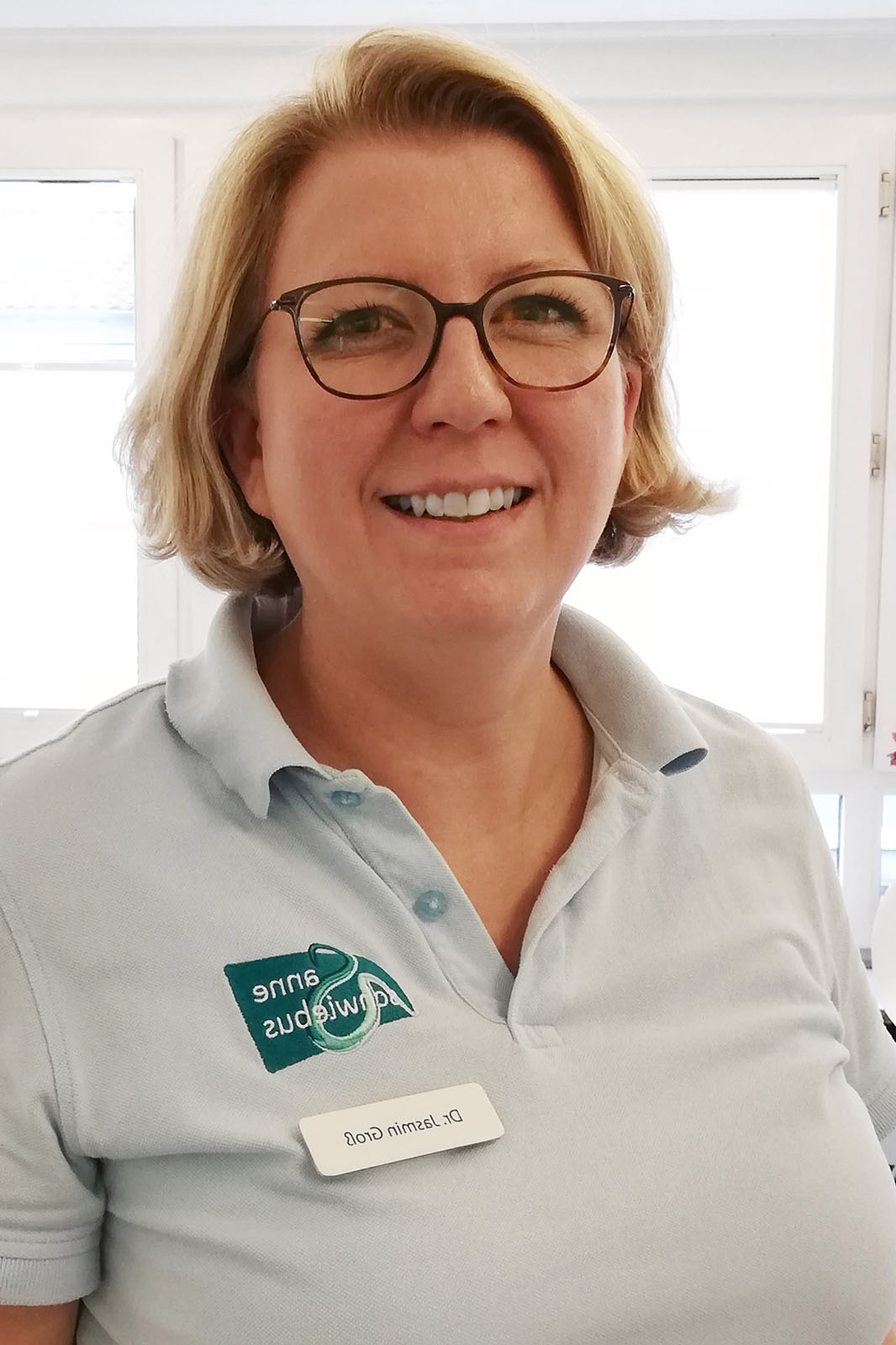 frauenarzt-praxis-kaiserslautern-anne-schwiebus-team-Jasmin-Gross